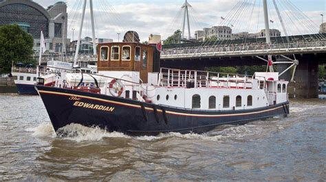 thames river cruise edwardian edwardian party boat thames luxury charters private