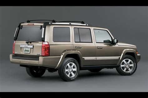 2006 Jeep Commander Recalls Ignition Switch Recall Hits Chrysler Around 800 000 Jeep