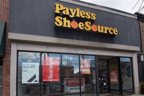 Fields Payless by Roosevelt Field Payless Store One Of 3 To On Li