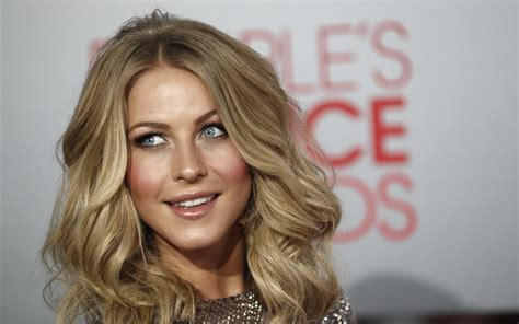 what is the description of julianne hough s haircut in safe haven julianne hough high definition wallpapers
