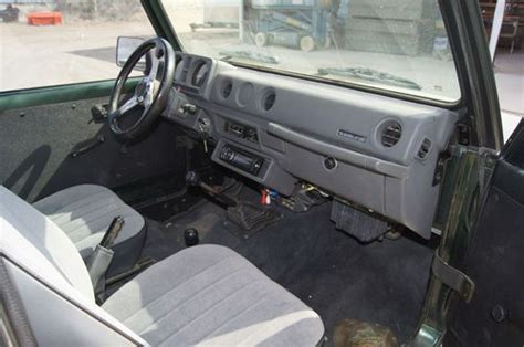 Suzuki Samurai Carpet Kit Purchase Used 1988 Suzuki Samurai Jx Sport Utility 2 Door