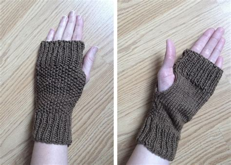 fingerless gloves knitting pattern knitted fingerless mitts 183 how to make fingerless gloves