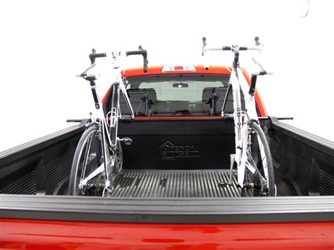 yakima truck bed rack yakima bikerbar truck bed mounted 2 bike carrier locking