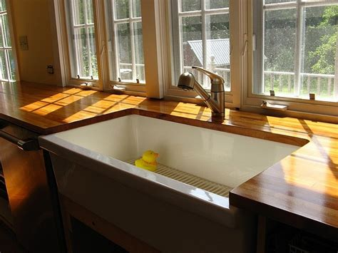Butcher Block Countertops Undermount Sink by Pin By Serina Toman On Kitchens
