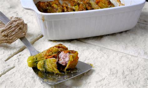 come cuocere i fiori di zucca fiori di zucca ripieni di salsiccia al forno mastercheffa