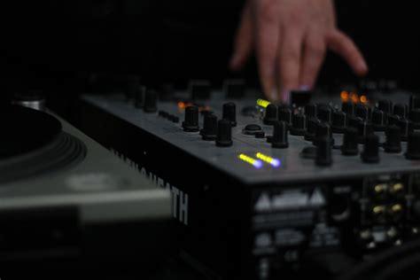 best mixers for the best dj mixers for beginners global djs guide