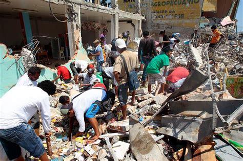 imagenes fuertes ecuador ecuatorianos de los 193 ngeles se movilizan para ayudar a