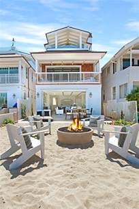 Beach Houses California Beach House With Crisp White Coastal Interiors