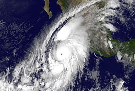 imagenes impactantes del huracan patricia im 225 genes de quot patricia quot el hurac 225 n m 225 s poderoso grupo