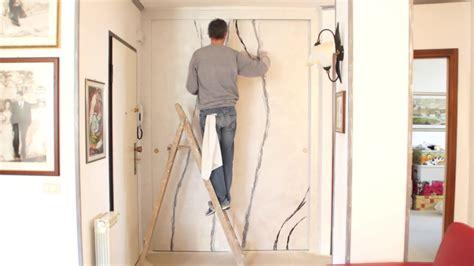 decorare ante armadio decorazione armadio a muro