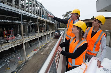 bachelor of civil engineering honours courses and