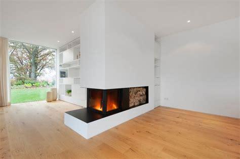 tipps für wohnzimmergestaltung raumtrenner idee kamin