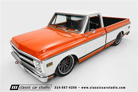 And C10 1970 chevrolet c10 pro touring classic car studio