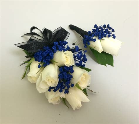 Boutonniere For Prom by Navy Blue And White Wrist Corsage And Boutonni 232 Re Prom
