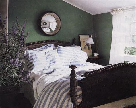 hunter green bedroom walls 1000 ideas about hunter green bedrooms on pinterest