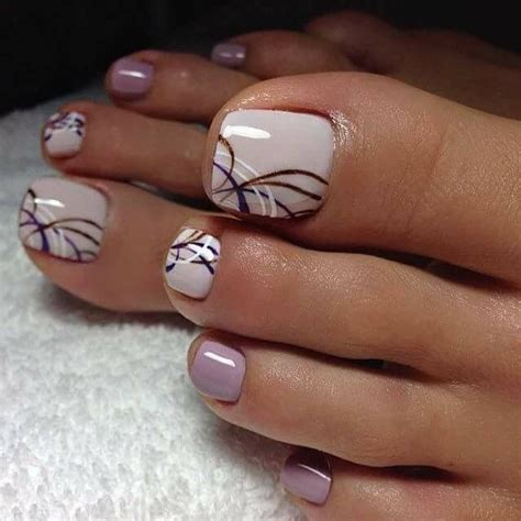 Best Pedicure by Best 25 Pedicure Designs Ideas On Flower Toe