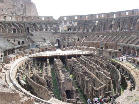 colosseo interno interno colosseo viaggi vacanze e turismo turisti