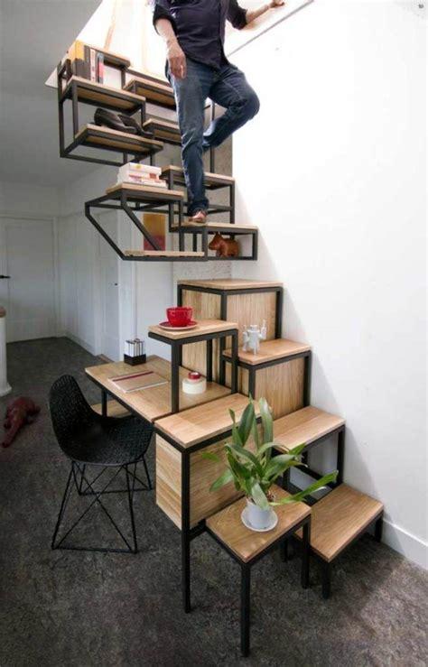 regal treppe treppen design mit zus 228 tzlichen funktionen schreibtisch