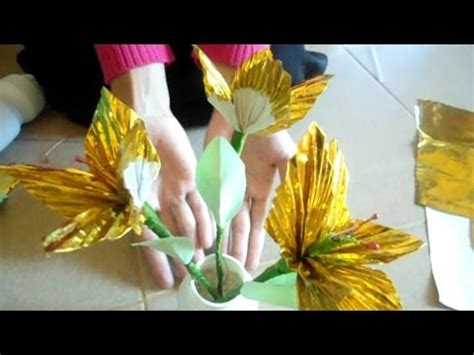 cara buat bunga dari kertas emas cara membuat bunga dari kertas emas youtube