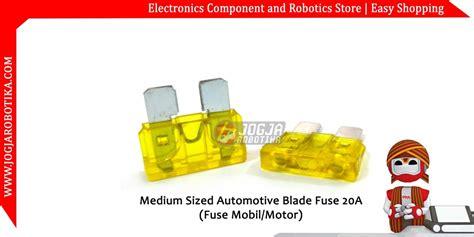 Medium Sized Automotive Blade Fuse 15a jual medium sized automotive blade fuse 20a