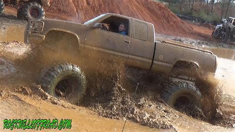 truck in mud big mud trucks at mudfest 2014 doovi
