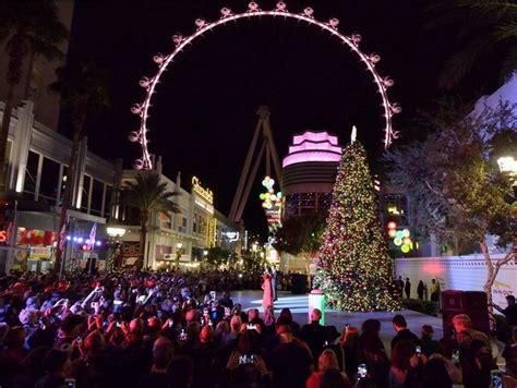 best christmas lights las vegas 2018 top events in las vegas this winter travel central