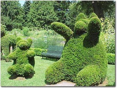 green animals topiary garden interesting places from around the world green animals