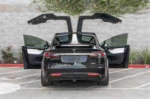 How Do You Open A Tesla Door 2016 Tesla Model X Starts At 81 200 Motor Trend