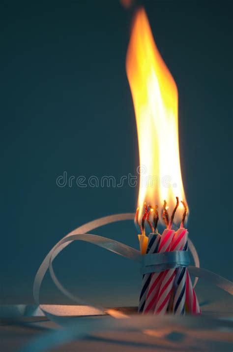 immagini candele compleanno candele di compleanno immagine stock immagine di candele