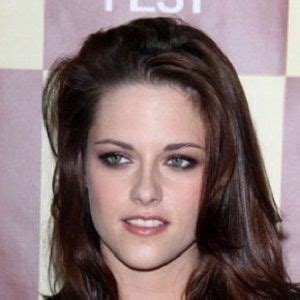 biography of kristen stewart kristen stewart biography affair in relation ethnicity