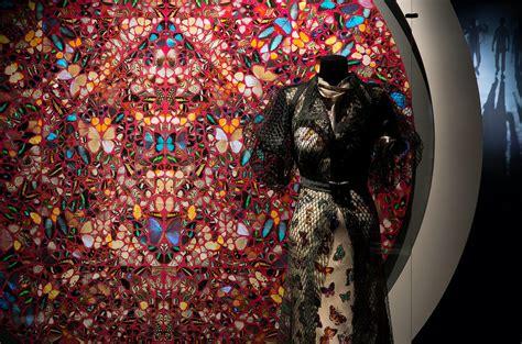 dries noten 1 100 books dries noten inspirations at momu museum of fashion