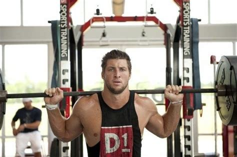 how much does tim tebow bench how did tim tebow learn how to bench press his maximum