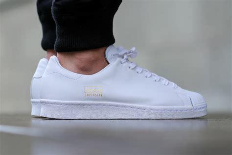 Terbaru Adidas Tenis Pria 27 adidas superstar 80s clean white sbd