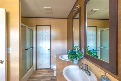 single in master bath model 16763r manufactured home floor plan or modular floor