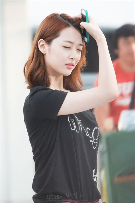 f x sulli hairstyle gallery for gt f x sulli airport fashion 2013