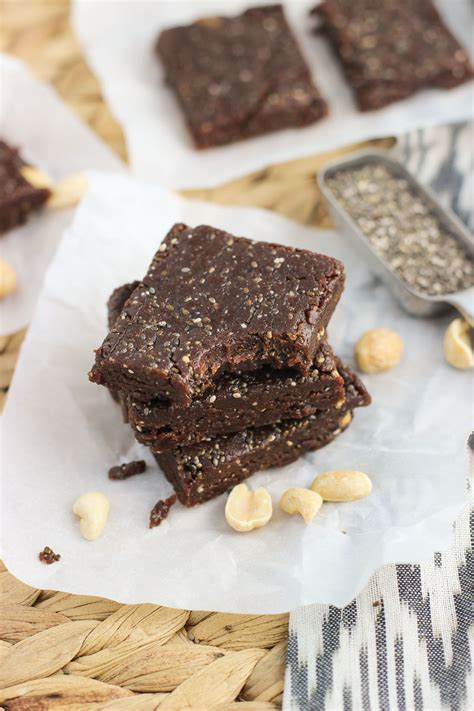 Healthy Seed Bar chocolate peanut butter chia bars