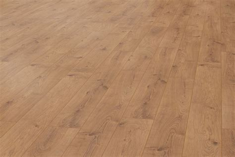 Everest Oak Nature D4152   Kronotex Laminate   Best at