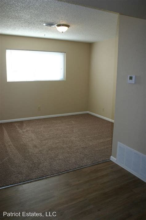 one bedroom apartments in junction city ks 619 w 14th st junction city ks 66441 rentals junction city ks apartments com