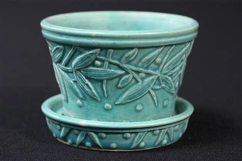 Mccoy Planters Pottery by Vtg Mccoy Pottery Small Flower Pot Planter W Saucer