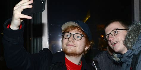 ed sheeran fan presale ed sheeran takes selfies with fans while taping a show in