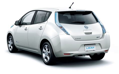 nissan leaf back this was photoshop folks i m that good the truth