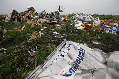 malaysia airlines mh 17 crash malaysia airlines mh17 us airline stocks recover after