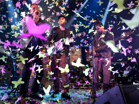 coldplay a oa oa ぼのぼののせいかつ coldplay itunes festival で約90分 19曲熱唱