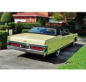 1972 Lincoln Continental Rearjpg  Wikimedia Commons
