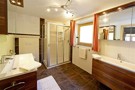 Badezimmer Kasten by Bauernhof Ferienwohnung Bauernhof Appartement Urlaub