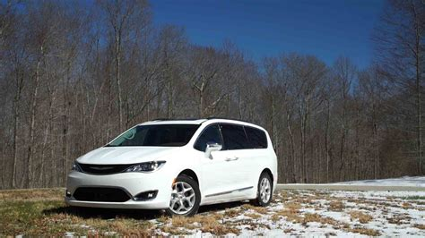 2010 Chrysler Pacifica by 2017 Chrysler Pacifica Review Consumer Reports