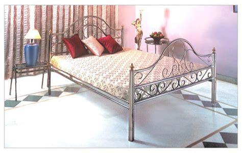 designer stainless steel bed in dashmesh nagar gill road