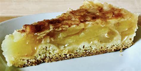 kuchen mit eierlikör apfel chagner kuchen mit mandelkruste rezept mit