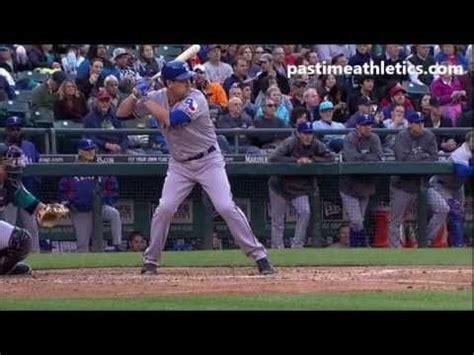 lance berkman swing lance berkman home run baseball swing hitting mechanics