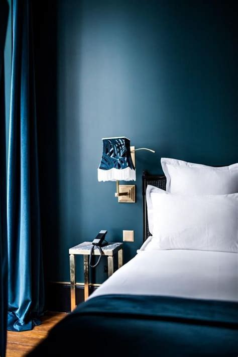 inspiring bedroom designs  blue hues interior god